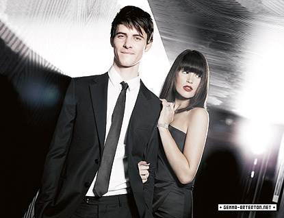 http://www.gemma-arterton.net/media/albums/Photoshoots/028/004.jpg